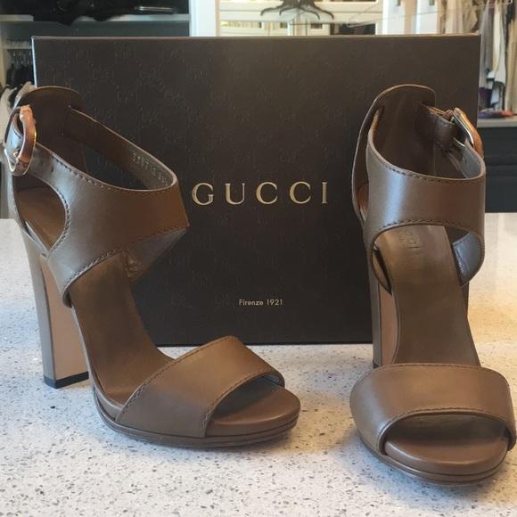 1e07b28dfd91 Gucci Shoes - Gucci Lifford Acero Heel